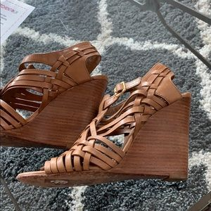 Shoes - Tory Burch Huarache Tan Leather Wedge Sandals